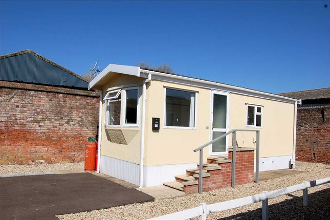 Thumbnail Property for sale in Market Place, Tattershall, Lincoln