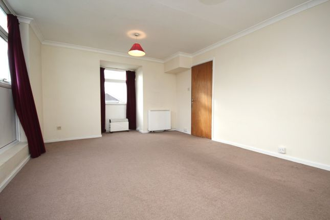 Living Room of Colleton Drive, Twyford, Reading RG10
