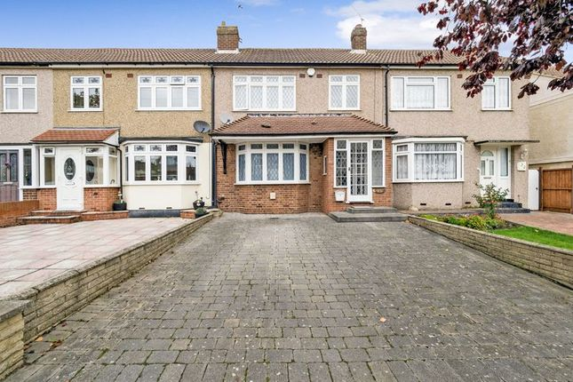 Thumbnail Terraced house for sale in Clyde Crescent, Cranham, Upminster