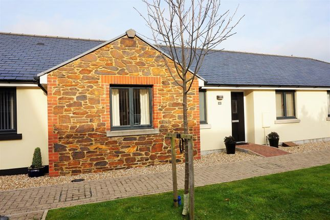 Thumbnail Terraced bungalow for sale in Lamellion Court, Liskeard