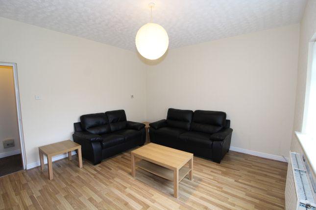 Thumbnail Flat to rent in Crumpsall Lane, Crumosall