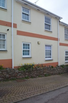 Thumbnail Flat to rent in Compton Place, Torquay