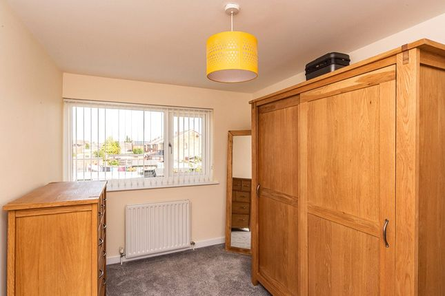 Bedroom of Alverley Lane, Doncaster, South Yorkshire DN4