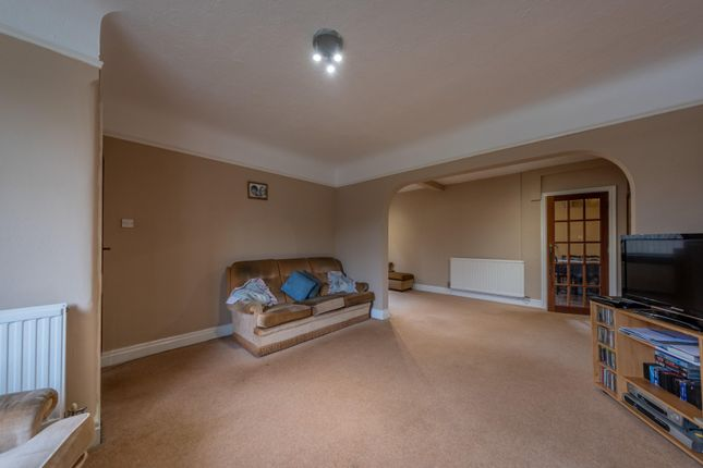 Lounge of By-Pass Road, Tarvin, Chester CH3