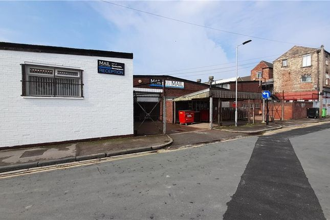 Thumbnail Industrial for sale in Hdm Distribution Depot, St James Street, Clive Sullivan Way, Hull, East Yorkshire