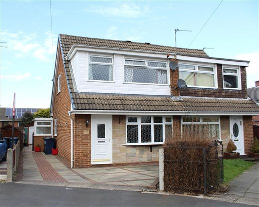 Thumbnail Property for sale in Manor Avenue, Ormskirk
