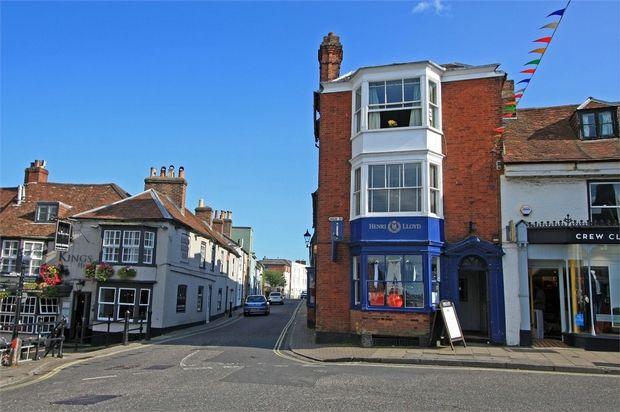 Lymington Commercial Property