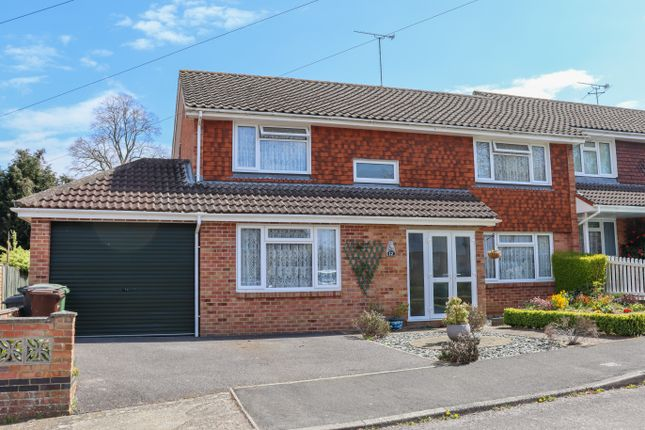 4 bed end terrace house for sale in De Lucy Avenue, Alresford, Hampshire SO24