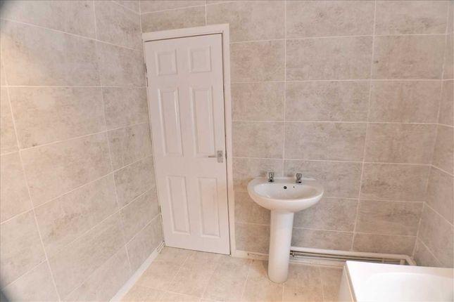 Bathroom of Primrose Street, Tonypandy CF40