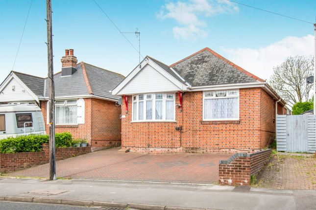 Thumbnail Detached bungalow for sale in Middle Road, Southampton