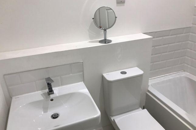 Bathroom of Crocketts Lane, Smethwick, Birmingham B66