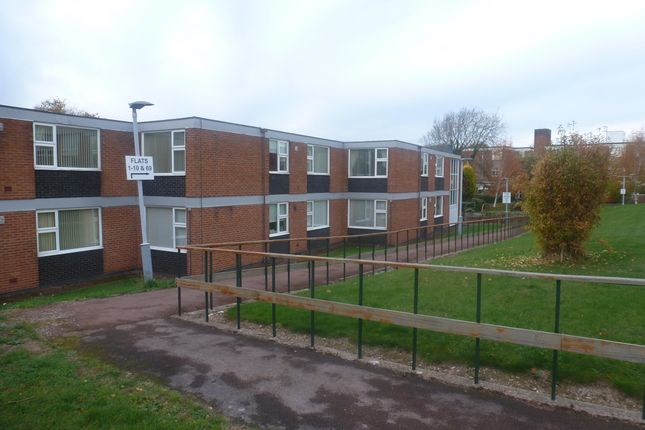 Flat to rent in Howdon Road, Oadby, Leicester