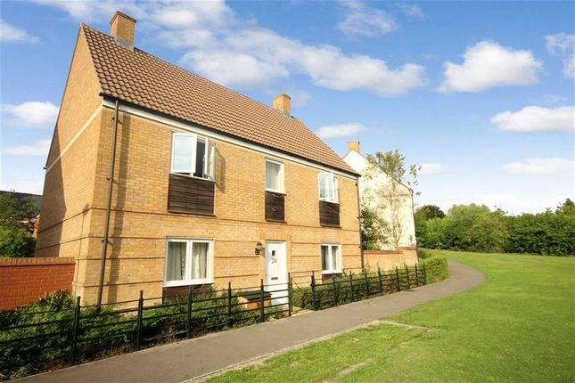 Thumbnail Detached house for sale in Galen View, Old Town, Swindon