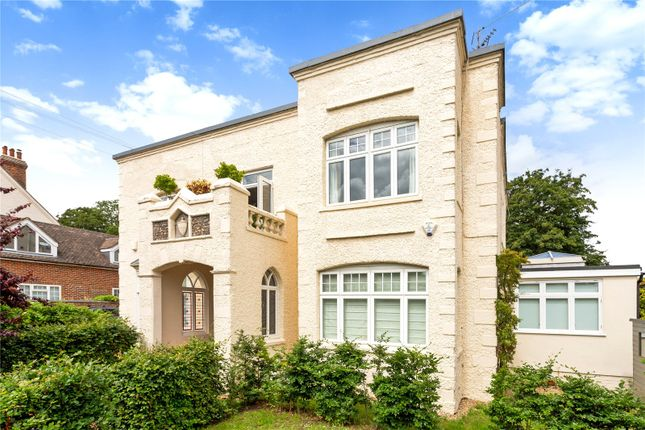 Thumbnail Flat for sale in St. Marks Road, Henley-On-Thames, Oxfordshire