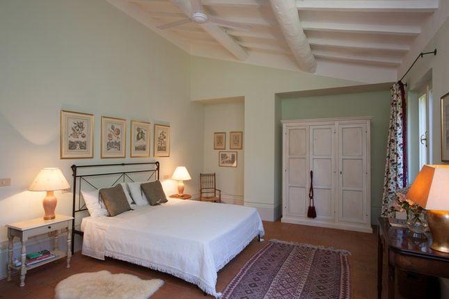Bedroom 2 of Casa Molino, Anghiari, Tuscany