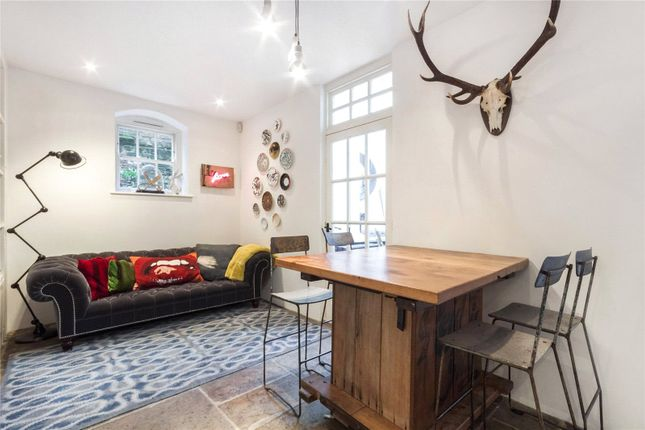 Thumbnail Flat to rent in New Court, Lutton Terrace, Hampstead, London