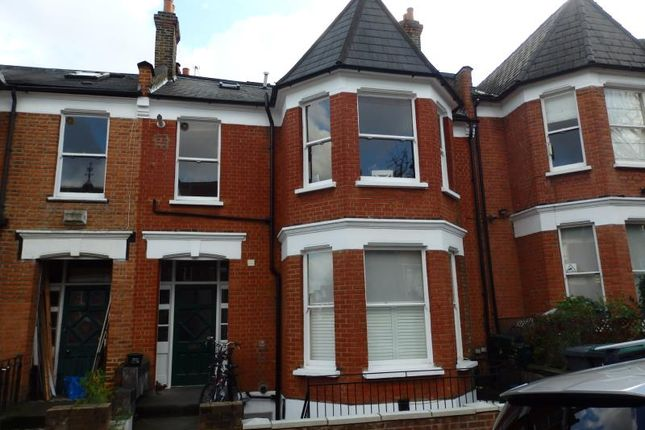 Flat in  Quernmore Road  Stroud Green West London
