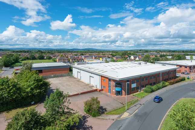 Thumbnail Warehouse to let in Olympus Park, Gloucester