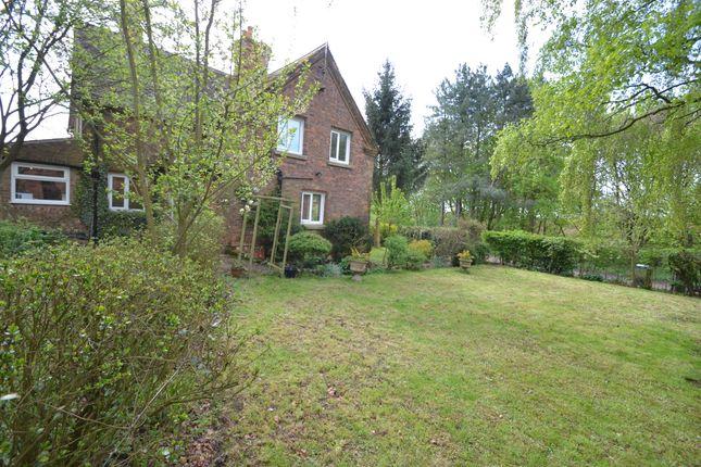 Thumbnail Cottage to rent in Honeyknab Lane, Oxton, Southwell
