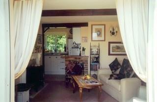 Annexe Front Room