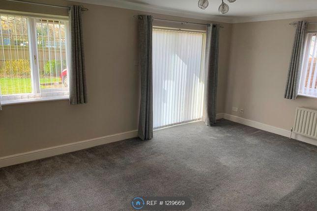 Thumbnail Flat to rent in Great Heathmead, Haywards Heath