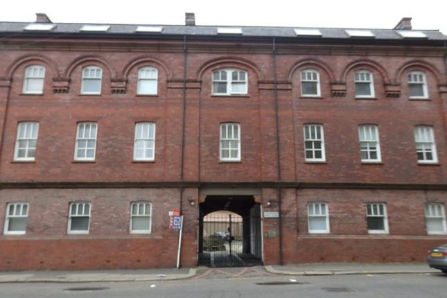 Thumbnail Flat to rent in Bell Street, Glasgow