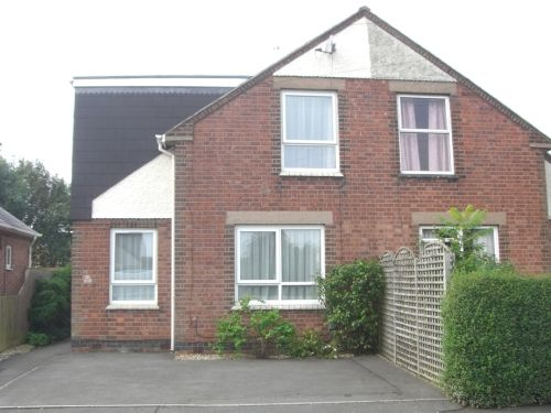 Thumbnail Semi-detached house to rent in Waverley Road, Leamington Spa