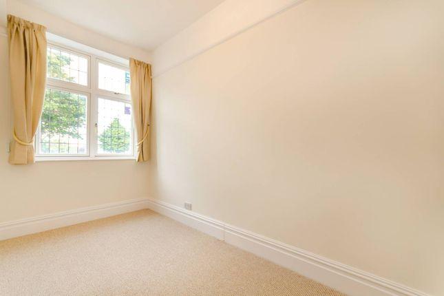 Thumbnail Flat to rent in Guilford Avenue, Surbiton