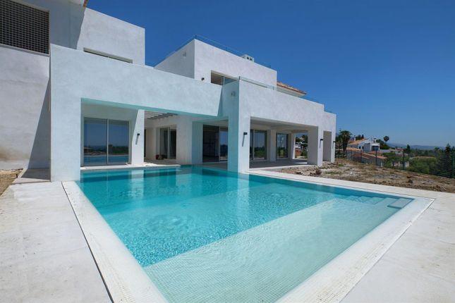 Thumbnail Villa for sale in New Golden Mile, Benahavís, Málaga, Andalusia, Spain
