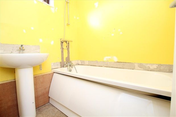 Bathroom of Tag Croft, Preston PR2