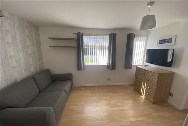 Living Room of Oakworth Drive, Halfway, Sheffield S20