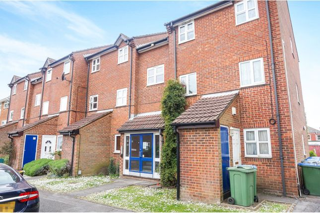 Thumbnail Flat for sale in Yarmouth Gardens, Shirley, Southampton