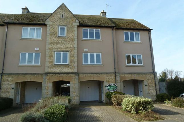 Thumbnail Town house to rent in Gresley Drive, Stamford