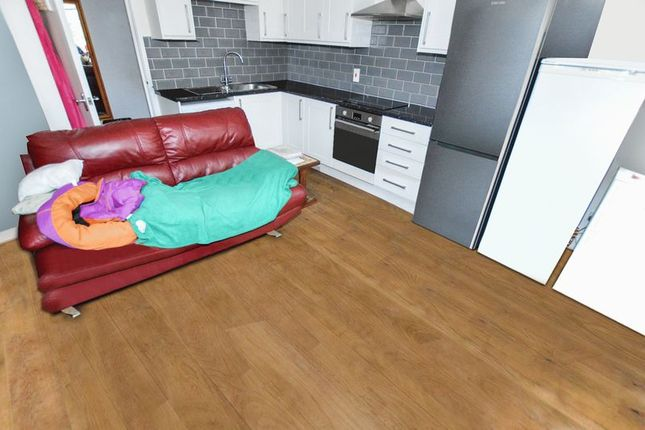 Thumbnail Flat to rent in Scotgate, Stamford
