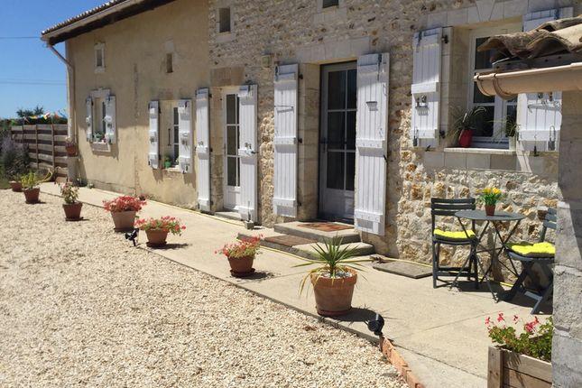 Thumbnail Villa for sale in Bran, Charente-Maritime, Nouvelle-Aquitaine