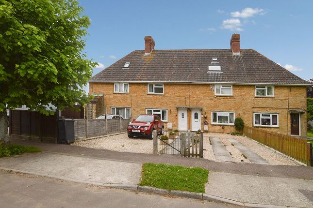 3 bed terraced house to rent in The Avenue, Stoke-Sub-Hamdon TA14