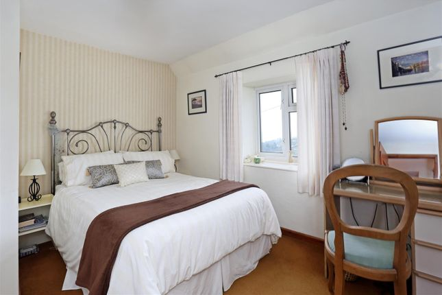1 Yew Tree Cottages Fpz182180 (10)