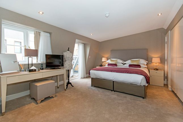 Thumbnail Town house to rent in Cheval Place, Knighstbridge