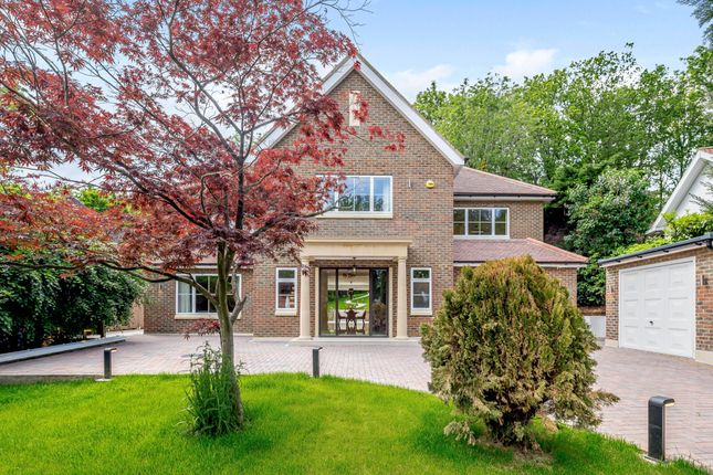 Thumbnail Detached house for sale in The Clump, Rickmansworth