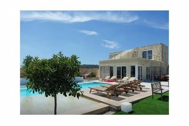 Thumbnail Villa for sale in 3 Bedroom Villa, Siggiewi, Southern, Malta