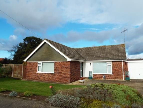3 bed bungalow for sale in South Wootton, King's Lynn