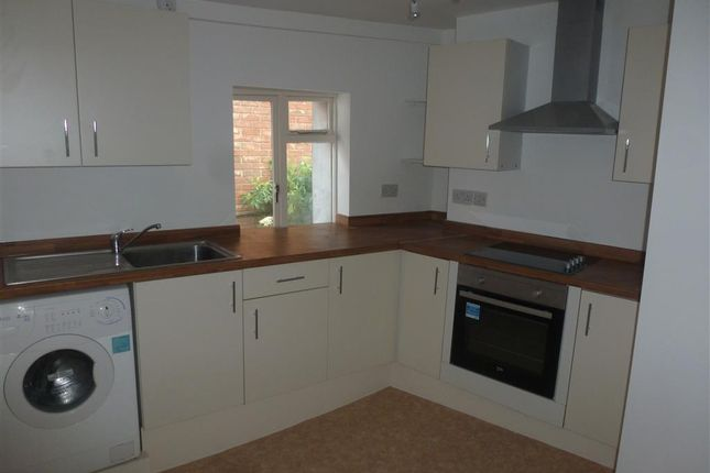 Thumbnail Flat to rent in Little Church Street, Wisbech
