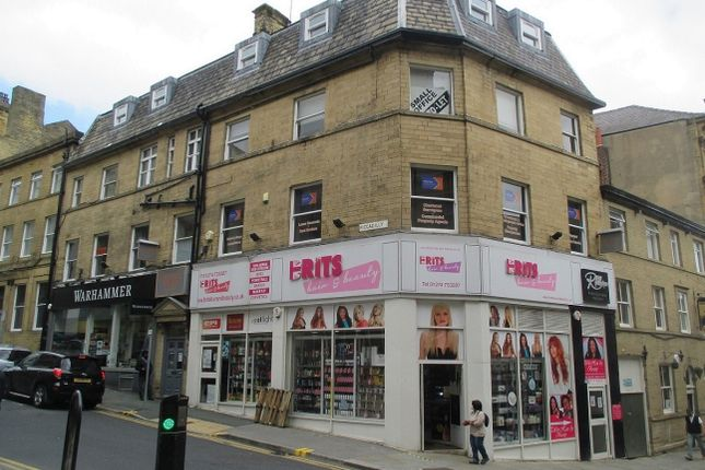 Office to let in Piccadilly, Bradford
