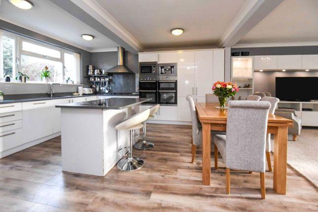 Lounge / Kitchen of Harlesden Close, Romford RM3