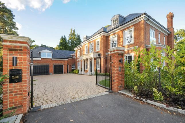 Thumbnail Detached house to rent in Monks Drive, Ascot, Berkshire