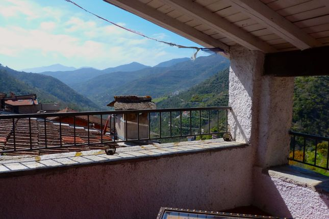 2 bed town house for sale in Charming Village House With Pretty Roof Terrace, Via Martiri Della Libertà - Ap 384, Italy