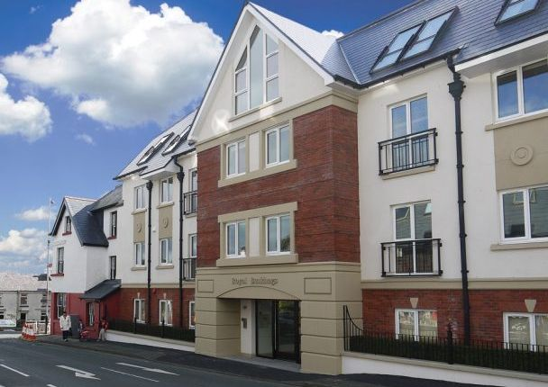 Thumbnail Flat to rent in Apt. 16 Royal Buildings, Main Road, Onchan