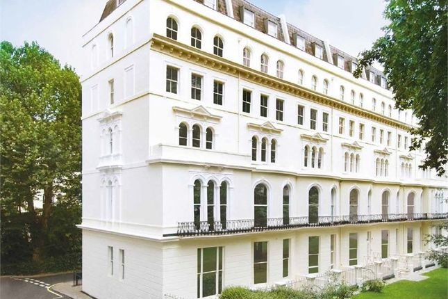 Thumbnail Flat for sale in Garden House, 86-92 Kensington Gardens Square, London