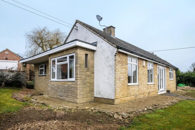 Thumbnail Detached bungalow to rent in Acremead Road, Wheatley