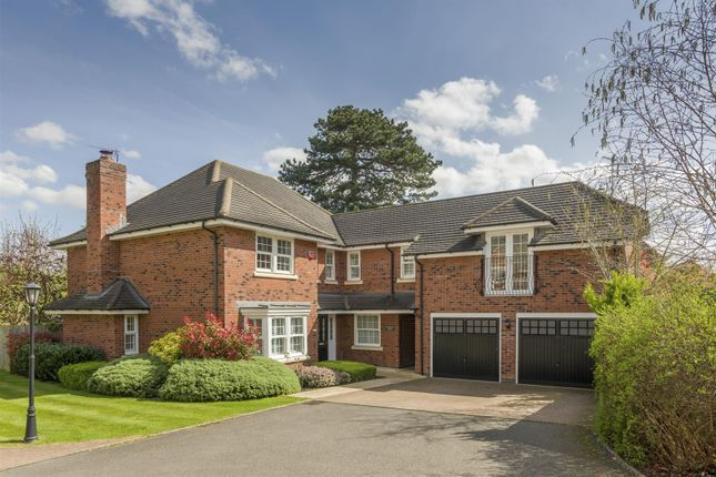 Thumbnail Detached house for sale in The Avenue, Bishopton Park, Stratford-Upon-Avon, Warwickshire